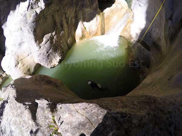 Belle lumi�re dans la derni�re vasque du canyon du Haut Jabron