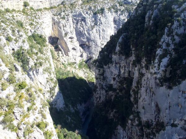Via corda dans les gorges du Verdon