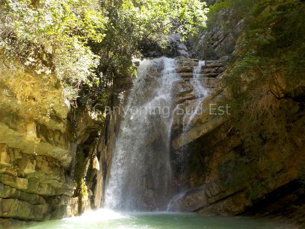 Cascade canyon de Moustiers